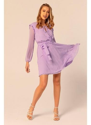 Tiffany&Tomato Omuzları Fırfırlı Şifon Elbise Lila